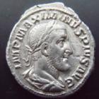 Photo numismatique  Monnaies Empire Romain MAXIMIN I, MAXIMINUS I, MAXIMINO I Denier, denar, denario, denarius MAXIMINUS I Thrax, MAXIMIN Ier le Thrace, denier Rome en 235, PM TRP PP, 3,39 grms, RIC.1 TTB+