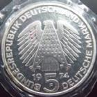 Photo numismatique  Monnaies Allemagne après 1871 Allemagne BDR, Deutschland BDR, Germay BDR 5 Mark, Funf Mark Allemagne, Deutschland, Germany, 5 mark 1974 F, grundgesetz, flan poli FDC