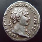 Photo numismatique  Monnaies Empire Romain TRAJAN, TRAJANUS, TRAIAN, TRAIANO Denier, denar, denario, denarius TRAJANUS, TRAJAN, denier Rome en 104-110, Victoire debout à gauche, 2,84 grms, RIC.128 TTB+