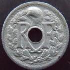 Photo numismatique  Monnaies Monnaies Françaises Gouvernement Provisoire 10 centimes zinc variété 10 centimes zinc 1945 B, variété avec le bonnet Phrygien épais, G.292 Var. TTB+