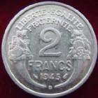 Photo numismatique  Monnaies Monnaies Françaises Gouvernement Provisoire 2 Francs 2 Francs Morlon 1945 B Aluminium, G.538a rayures à l'avers sinon TTB+