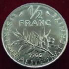 Photo numismatique  Monnaies Monnaies Françaises Cinquième république 1/2 Franc 1/2 franc semeuse 1966, G.429 FDC