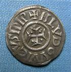 Photo numismatique  Monnaies Monnaies Carolingienne Louis le Pieux Denier LOUIS LE PIEUX, 814.840 denier,Prou 1016 v. TTB ( petit trou de coulé et pliure)