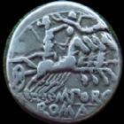 Photo numismatique  Monnaies R�publique Romaine Porcia 125 av Jc Denier, denar, denario, denarius M.PORCIUS LAECA, denier Rome en 125 avant Jc, Quadrige conduit par une Victoire, 3,87 grms, SYD 513 TTB