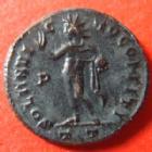 Photo numismatique  Monnaies Empire Romain CONSTANTIN I, CONSTANTINUS I, CONSTANTINO Follis, folles,  CONSTANTIN I, CONSTANTINUS I, follis Ticinium en 317-318, Soli Invicto Comiti, 3,44 grms, RIC 68 Quasi SUPERBE
