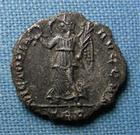 Photo numismatique  Monnaies Empire Romain 4ème siècle CONSTANTIN II Silique CONSTANTIN II, (Contantinus) silique frappé à Trêves, 2,70 grms, très rare!!! TTB Flan rogné!