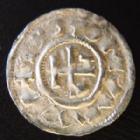 Photo numismatique  Monnaies Monnaies Féodales Normandie Denier au monogramme NORMANDIE, Archevêché, Rouen, Hugues 942-989, denier au monogramme, 1,10 grms, Dumas 4147, TTB+