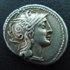 Photo numismatique  Monnaies République Romaine Claudia 110 avant Jc Denier, denar, denario, denarius C.CLAUDIUS PULCHER, denier Rome en 110-109 avant Jc, tête casquée de Rome, Bige conduit par une victoire, 3,98 grms, Sear 177, TTB à SUP/TTB+