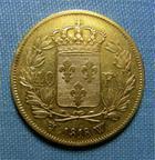 Photo numismatique  Monnaies Monnaies Françaises Louis XVIII 40 Francs or LOUIS XVIII, 40 Francs or 1818 W Lille, Gadoury 1092 variété fines lignesTTB petit coup sur tranche