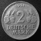 Photo numismatique  Monnaies Allemagne après 1871 Allemagne, Deutschland, Germany 2 mark, Zwei mark 2 Mark 1951 G, J.386 petits coups sur tranche sinon TTB à SUPERBE