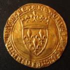 Photo numismatique  Monnaies Monnaies royales en or Charles VI Ecu d'or à la couronne CHARLES VI, Ecu d'or à la couronne sans point d'atelier, 2e émission 28 Février 1388, 3,85 grms, DY.369A traces à l'avers sinon TTB+