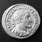 Photo numismatique  Monnaies Empire Romain MAXIMIN I, MAXIMINUS I, MAXIMINO I Denier, denar, denario, denarius MAXIMIN I le Thrace, MAXIMINUS I Thrax, denier Rome en 235-238, Pax Avgvsti, 2,93 grms, RIC 12 SUPERBE+