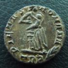 Photo numismatique  Monnaies Empire Romain THEODORA Follis, folles,  THEODORA, follis, nummus, trêves (trier) en 337-340, Pietas Romana TRP, 1,29 grms, RIC 79 TTB+
