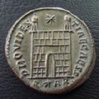 Photo numismatique  Monnaies Empire Romain CONSTANCE II, CONSTANTIUS II, CONSTANTIO II Follis, folles,  CONSTANCE II, CONSTANTIUS II, follis Arles (Arelate) en 324-325, Providentiae Caess, 3,17 grms, RIC 275 R3! SUPERBE+
