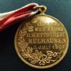 Photo numismatique  Monnaies Monnaies/medailles d'Alsace Mulhouse Médaille avec belière MULHOUSE, médaille, 7 Juillet 1907, musikbund Alsace-Lorraine 2e concours, avec ruban, 28,5 mm, SUPERBE+