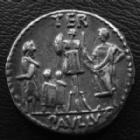 Photo numismatique  Monnaies République Romaine Aemilia 62 avant Jc Denier, denar, denario, denarius L.AEMILIUS LEPIDUS PAULLUS, denier Rome en 62 avant Jc, Buste de la concorde, Trophée, 3,90 grms, SYD.926 / RSC.Aemilia 10, SUPERBE, patine médailler