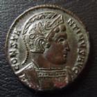 Photo numismatique  Monnaies Empire Romain CONSTANTIN I, CONSTANTINUS I, CONSTANTINO Follis, folles,  CONSTANTIN I, CONSTANTINUS I, follis Trêves (trier) en 322, buste casqué, VOTIS XX, 18 mm, 3,22 grms, RIC 341 SUPERBE