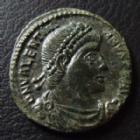 Photo numismatique  Monnaies Empire Romain VALENTINIEN I, VALENTINIANUS I, VALENTINIAN I, VALENTINIANO I Nummus, Kleine bronze, nummi VALENTINIEN I, VALENTINIAN I, nummus Siscia en 365, Securitas Reipublicae, .ASISC, 18 mm, 2,21 grms, RIC 7a SUPERBE/TTB+