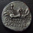 Photo numismatique  Monnaies République Romaine Claudia 110 avant Jc  APPIUS CLAUDIUS PULCHER, T.MANLIUS, Q.URBINUS, denier Rome en 111-110 avant Jc, tête casquée de Rome, 3,80 g, RSC.2 TTB+ patine noire brillante