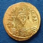 Photo numismatique  Monnaies Monnaies Byzantines Focas, Phocas Solidus PHOCAS, FOCAS, solidus Constantinople en 604-607, VICT AVGGG CONOB, 4,45 grms, Sear 618 FDC
