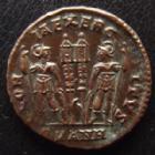 Photo numismatique  Monnaies Empire Romain CONSTANCE II, CONSTANTIUS II, CONSTANTIO II Follis, folles,  CONSTANCE II, CONSTANTIUS II, Follis Antioche en 330-335, Gloria Exercitus, SMANH, 17 mm, 2,46 grms, RIC 88 SUPERBE+