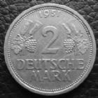 Photo numismatique  Monnaies Allemagne après 1871 Allemagne BDR, Deutschland BDR, Germay BDR 2 mark  2 Mark 1951 J, J.386 petites tâches sinon TTB+