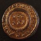 Photo numismatique  Monnaies Empire Romain CONSTANTIN I, CONSTANTINUS I, CONSTANTINO Follis, folles,  CONSTANTIN I, CONSTANTINUS I, follis Rome en 318, VOT XXX RV, 3,01 grms, RIC 318 SUPERBE+ belle patine irisée doré !!