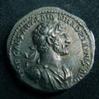 Photo numismatique  Monnaies Empire Romain HADRIEN, HADRIANUS, HADRIANO, HADRIAN Denier, denar, denario, denarius HADRIEN, HADRIANUS, denier Rome en 113, son buste à droite, PM TR P COS III Iustitia, 3,11 grms, RIC.42 18-19 mm, SUPERBE+ Beau style!