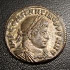 Photo numismatique  Monnaies Empire Romain CONSTANTIN I, CONSTANTINUS I, CONSTANTINO Follis, folles,  CONSTANTIN Ier, CONSTANINUS I, follis Rome en 314-315, SOLI INVICTO COMITI, 21 mm, 3,46 g, RIC.27 TTB à SUPERBE Patine dorée !!