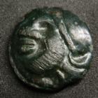 Photo numismatique  Monnaies Monnaies Gauloises Aedui, Eduens Potin à l'hippocampe AEDUI, EDUENS, région de Bibracte,potin à l'hippocamte, tête casquée à gauche, 19 mm, 4,57 grms, DT.3202 TTB à SUPERBE R!