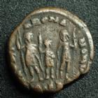 Photo numismatique  Monnaies Empire Romain HONORIUS, HONORIO Ae, Bronze HONORIUS, Ae 4 antioche en 406-408, Gloria Romanorum, 13-14 mm, 1,78 grms, RIC.153 TB+