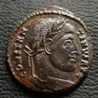 Photo numismatique  Monnaies Empire Romain CONSTANTIN I, CONSTANTINUS I, CONSTANTINO Follis, folles,  CONSTANTIN I, CONSTANTINUS I, Follis Rome en 321, VOT XX / RQ, 19 mm, 2,96 grms, RIC.237 TTB à SUPERBE