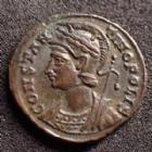 Photo numismatique  Monnaies Empire Romain CONSTANTIN I, CONSTANTINUS I, CONSTANTINO Follis, folles,  CONSTANTINOPOLIS, CONSTANTIN I, CONSTANTINUS I, follis Alexandrie en 333-335, victoire à gauche, SMALA, 17 mm, 2,77 grms, RIC.64 R1! SUPERBE