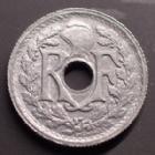 Photo numismatique  Monnaies Monnaies Françaises Gouvernement Provisoire 10 Centimes 10 centimes zinc 1945 B, Beaumont le Roger, G.292 SUPERBE+