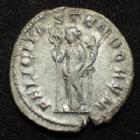 Photo numismatique  Monnaies Empire Romain GORDIEN III, GORDIAN III, GORDIANUS III, GORDIANO III Antoninien, antoninianus, antoniniane GORDIEN III, GORDIANUS III, Antoninien Rome en 243-244, Felicitas Temporum, 3,92 grms, RIC.140 TTB