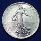 Photo numismatique  Monnaies Monnaies Françaises Troisième République 2 Francs semeuse de Roty 2 Francs semeuse de Roty 1917, Gad.532 petit coup à 11h30 sinon SPL (SUP+)