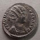 Photo numismatique  Monnaies Empire Romain FAUSTA, FAUSTE Follis ou Nummus FAUSTE, FAUSTA, follis ou nummus Trèves en 326, SALUS REIPUBLICA, 17-19 mm, 2,87 grms, RIC.483 TTB+/TTB