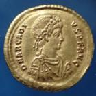 Empire RomainARCADIUS, ARCADIOARCADIUS, solidus Constantinople en 383-408, CONCORDIA AVGGG Z / VOT V MVL X, 21 mm, 4,38 grms, RIC.70c.3 SUPERBE