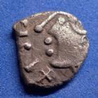 Photo numismatique  Monnaies Monnaies Gauloises Sequani, Sequanes Denier Togirix SEQUANES, SEQUANI, denier TOGIRIX vers 80-50 avant JC, cheval à gauche, 1,66 grms,DT.3248 Var. TTB+/TTB