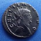 Photo numismatique  Monnaies Empire Romain GALLIEN, GALLIENUS, GALLIAN, GALLIANO Antoninien, antoninianus, antoniniane GALLIEN, GALLIENUS, Antoninian Rome en 267-268, Capricorne à droite, 20,5 mm, 3,34 grms, RIC.245 SUPERBE/TTB R!