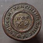 Photo numismatique  Monnaies Empire Romain CONSTANTIN I, CONSTANTINUS I, CONSTANTINO Follis ou Nummus CONSTANTINUS I, CONSTANTIN I, follis ou nummus, Aquilé (Aquilea) en 321, DN CONSTANTINI MAX AUG, 18 mm, 3,40 grms, RIC.85 SUP