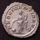 Photo numismatique  Monnaies Empire Romain MAXIMIN I, MAXIMINUS I, MAXIMINO I Denier, denar, denario, denarius MAXIMINUS I Thrax, MAXIMIN le Thrace, denier Rome en 236-238, PROVIDENTIA AVG, 19mm, 2,94 grms, RIC.20 SUPERBE