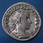 Photo numismatique  Monnaies Empire Romain GORDIEN III, GORDIAN III, GORDIANUS III, GORDIANO III Antoninien, antoninianus, antoniniane GORDIANUS III, GORDIEN III, antoninien Rome en 239-240, ROMAE AETERNAE, 21mm, 4,23 grms, RIC 38 P.SUP/TTB+