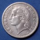 Photo numismatique  Monnaies Monnaies Françaises 4ème république 5 Francs 5 Francs Lavrillier 1948 B, Gad.766a légères traces de nettoyage sinon TTB+