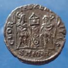 Photo numismatique  Monnaies Empire Romain Constantius II, Constance II Follis ou Nummus CONSTANTIUS II, CONSTANCE II, nummus Antioche en 337-341, Gloria Exercitus 1 enseigne, 15mm, 1,58 grms, RIC 56 flan court sinon TTB à SUP