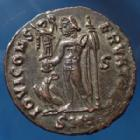 Photo numismatique  Monnaies Empire Romain LICINIUS I, LICINIO I,  Follis réduit LICINIUS Ie, follis réduit Cysicus en 313-315, Iovi Conservatori, 20mm, 3,05 grms, RIC 4 TTB+/SUP+