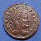 Photo numismatique  Monnaies Empire Romain LICINIUS I, LICINIO I,  Follis ou Nummus LICINIUS Ier, follis ou nummus, Ticinum en 317-318, Iovi conservatori sans l'aigle!, 19mm, 3,04 grms, RIC 70 R4! SPL Rare!