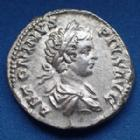 Photo numismatique  Monnaies Empire Romain CARACALLA Denarius, Denier, Denar, Denario CARACALLA, denarius Rome en 203, VIRTVS AVGG, 18mm, 3,60 grms, RIC.148a SUPERBE+