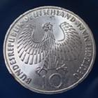 Photo numismatique  Monnaies Allemagne après 1871 Allemagne, Deutschland, BRD 10 Mark Olympiade  JO Munchen, 10 mark 1972 J, BRD, argent 625°/°°° 9,69 grms fin, J.405 coups sur tranche et traces sinon TTB+