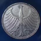 Photo numismatique  Monnaies Allemagne après 1871 Allemagne, Deutschland, BRD 5 Mark BRD 5 Mark 1951 D, BRD kurzmunze, argent 625°/°°° 7 grms fin, J.387 coups, TTB